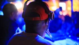 DJ Steph Floss