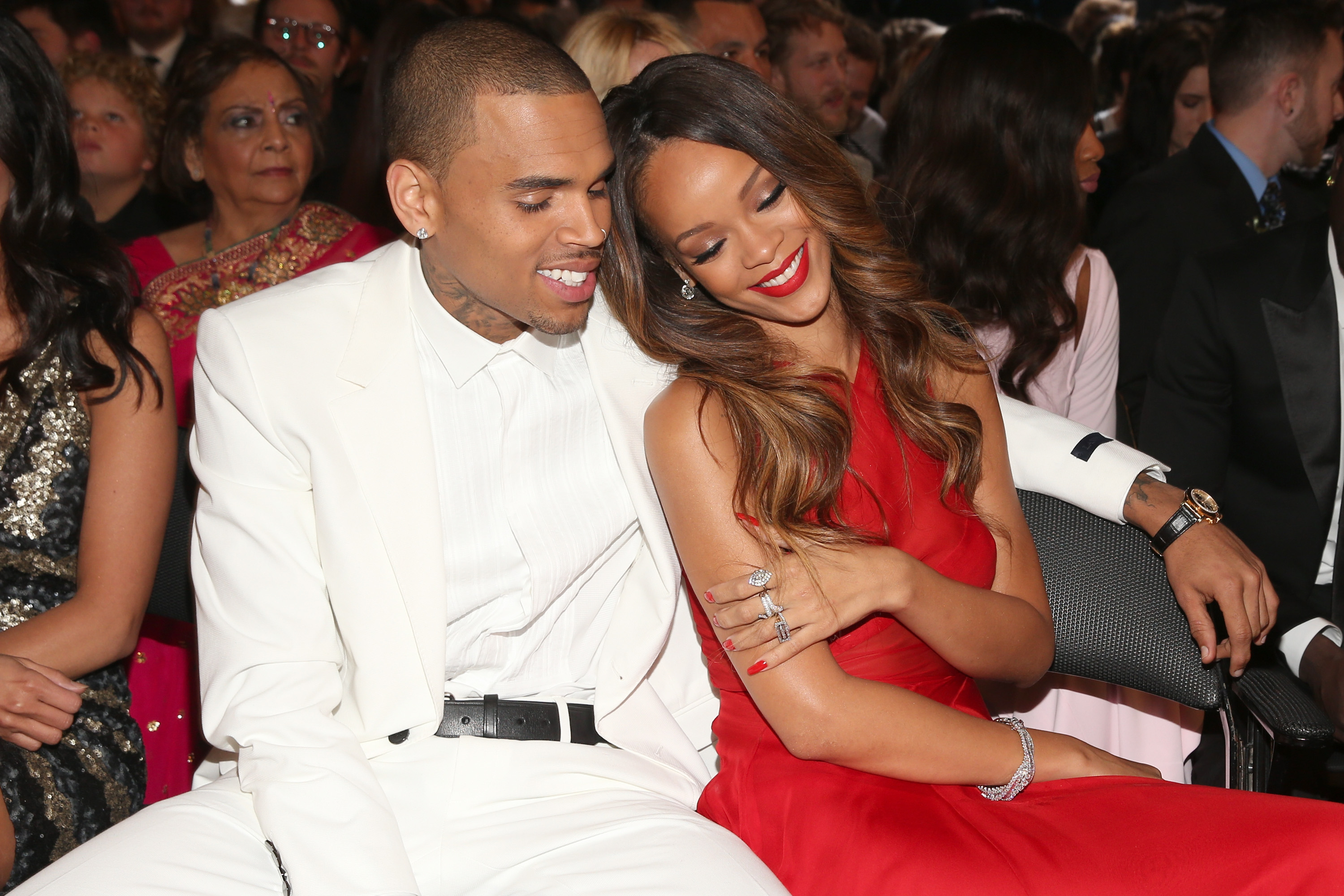 who is rihanna dating