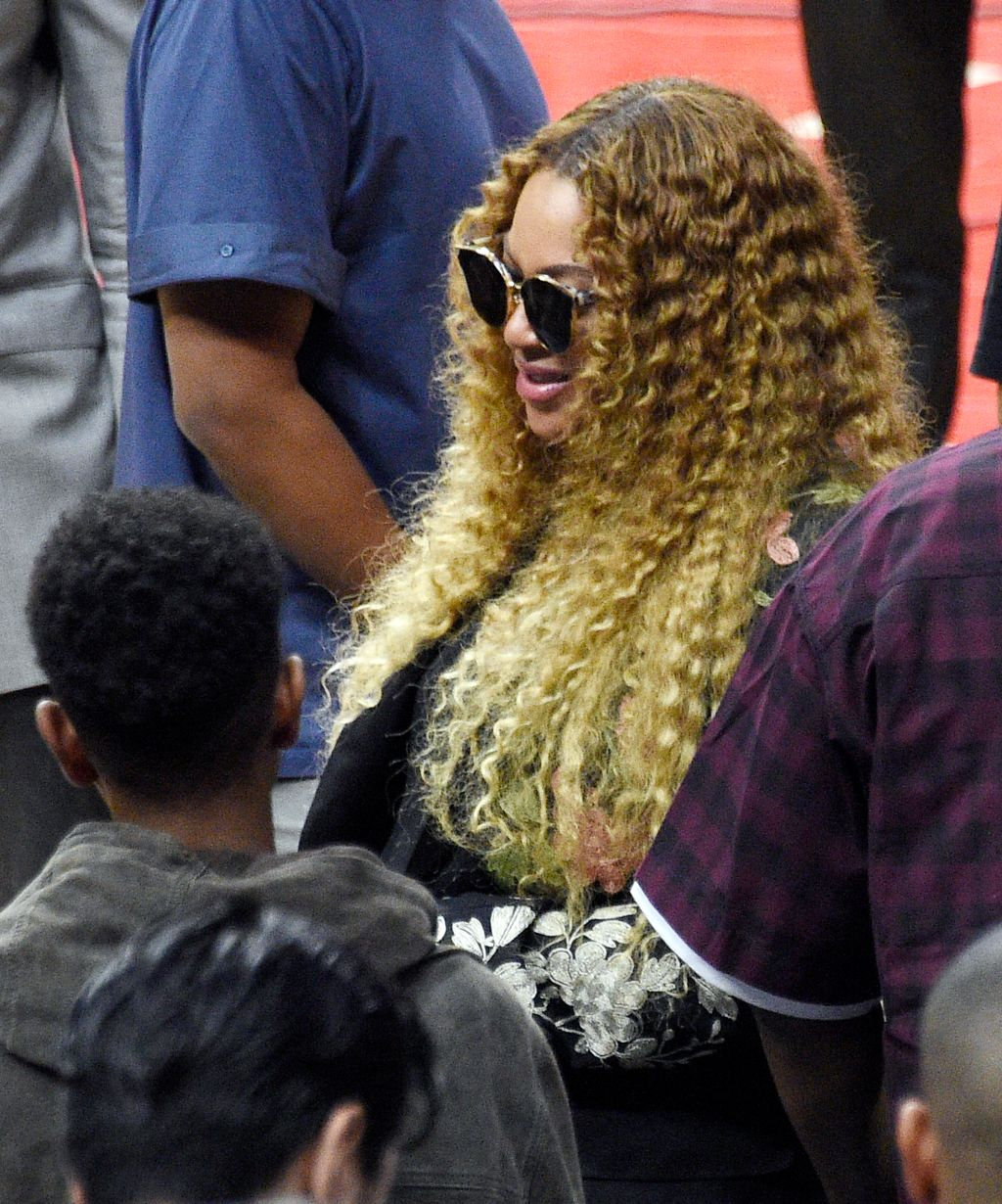 Celebrities at Los Angeles Clippers Game