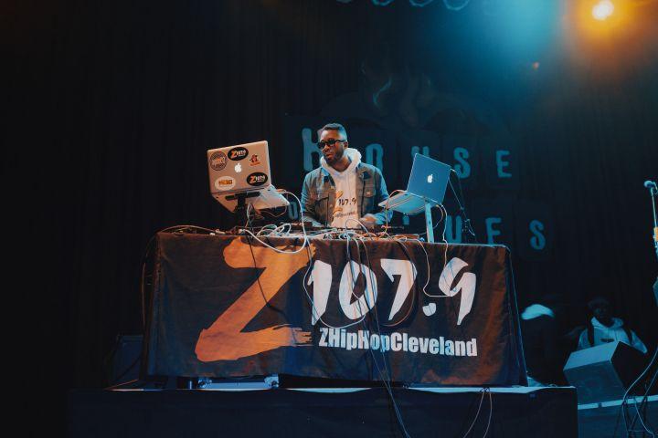 z1079 white out #z1079whiteout backstage 2017