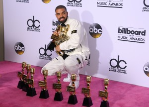 ENTERTAINMENT-US-MUSIC-BILLBOARD-AWARDS-PRESSROOM