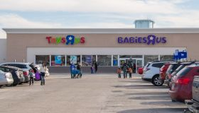 Toys R Us preparations for a liquidation of its bankrupt U.S. operations